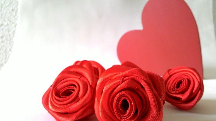 Rosas de Cetim Vermelha 3cm FRETE GRÁTIS