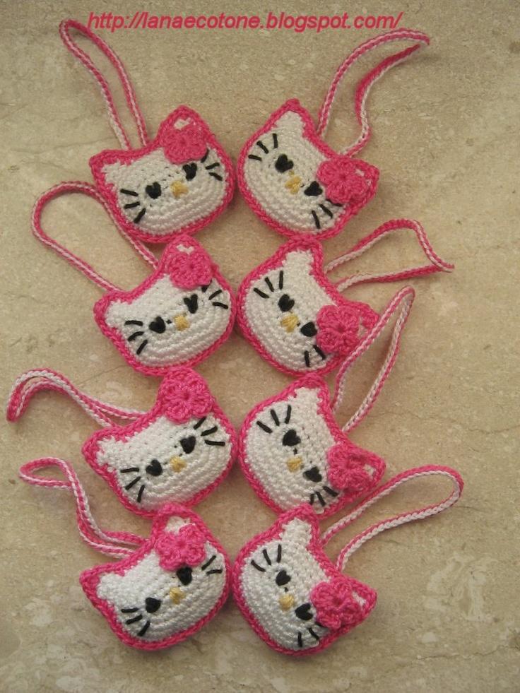 Amigurumi Hello Kitty Handbag: free pattern English/Italian