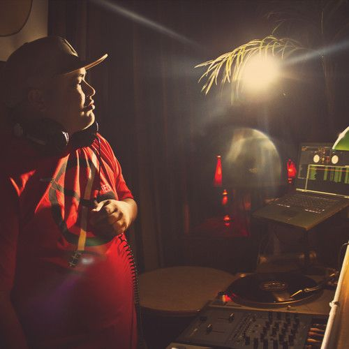 """Producer Kid Tsunami gets Buckshot, Chubb Rock, Pharoahe Monch & Jeru The Damaja together for this new joint """"The Chase,"""" off his upcoming project 'The Chase LP.'"""