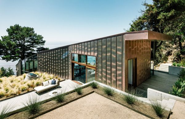 A Big Sur House Overlooking the Pacific Ocean Photo