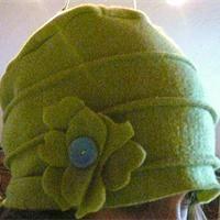 Chapeau à plis en feutrine Patron couture gratuit - Loisirs créatifs
