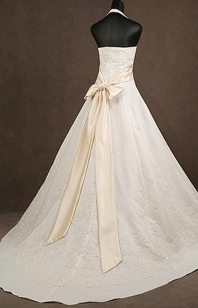 svatební šaty TIVOLI