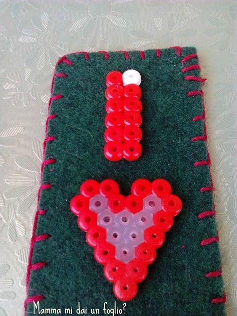 Mamma mi dai un foglio?: Segnalibro San Valentino con le perline da stirare...