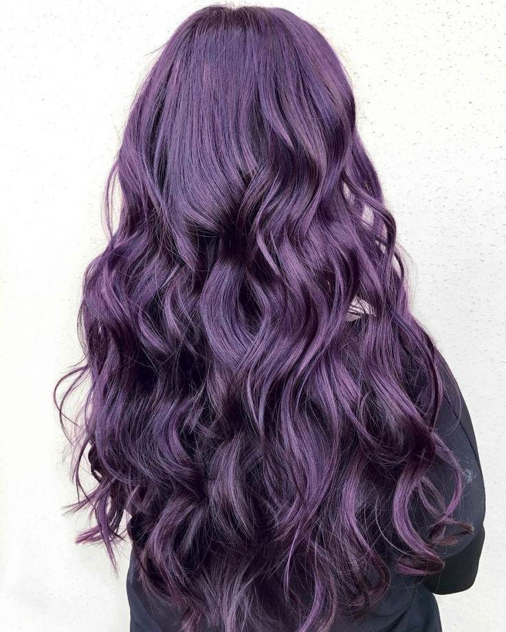 les 25 meilleures id es de la cat gorie cheveux violets sur pinterest cheveux violet fonc. Black Bedroom Furniture Sets. Home Design Ideas