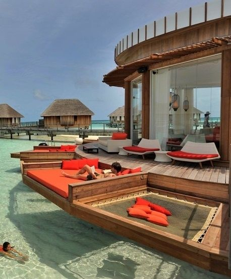 Beautiful Pictures that will Leave you Breathless - Awesome Setting at Bora Bora