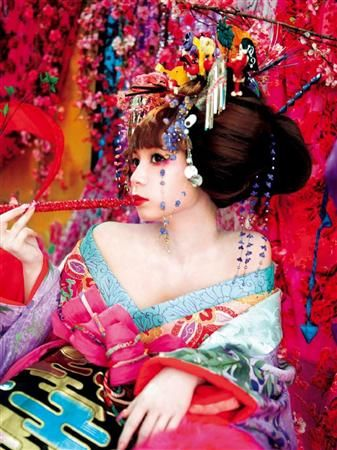 MIka Ninagawa's photograph of Shoko-tan (I think)