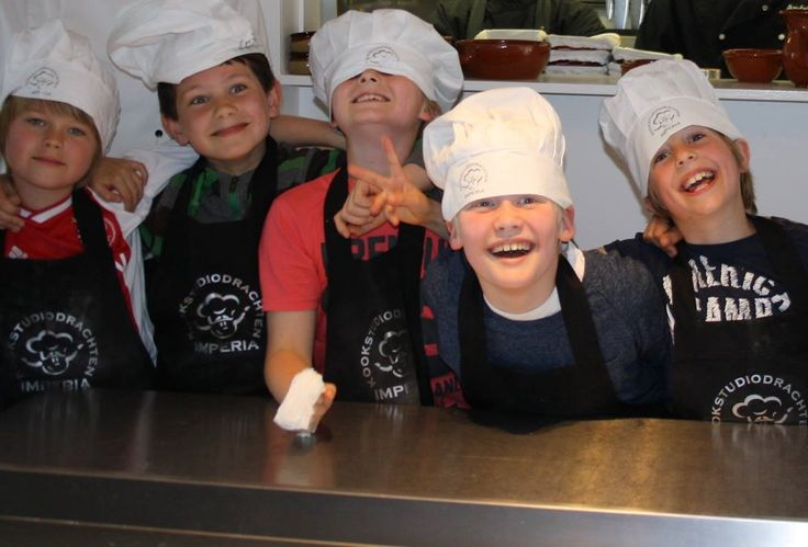Kinderkookfeest Piccolini. kookstudiodrachten.com