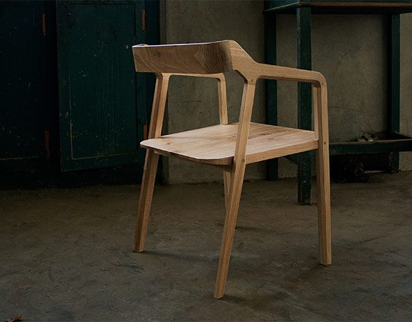 Kundera chair by GUD Conspiracy