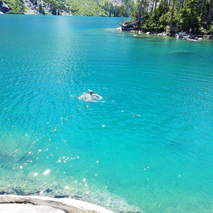 Travel | Washington | Attractions | Nature | Lake | Bluest Lake | Colchuck Lake