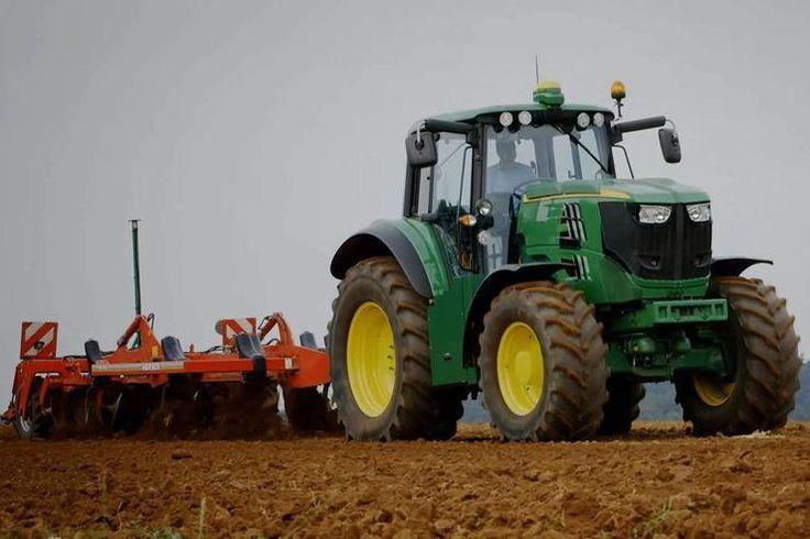 Les 25 meilleures id es de la cat gorie video tracteur sur for Salon de la machine agricole