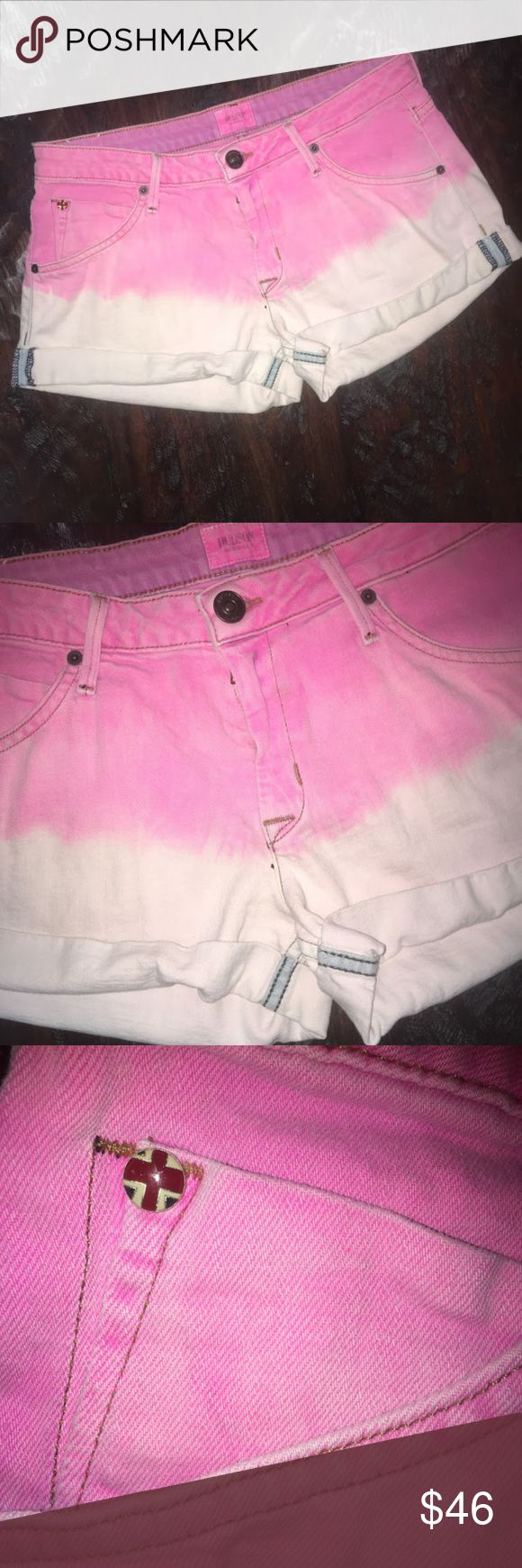 """Hudson pink and white ombre hampton cuffed shorts Hudson jeans pink and white ombre hampton cuffed shorts. Size 28. Top is bright pink then fades down to a white/slightly pink. Bottoms are cuffed. Back pockets button. 98% cotton and 2% elastan. 33"""" waist. 2"""" inseam. 8.5"""" rise. 9.5"""" length. 24.5"""" thigh. No trades, offers welcome! Hudson Jeans Shorts Jean Shorts"""