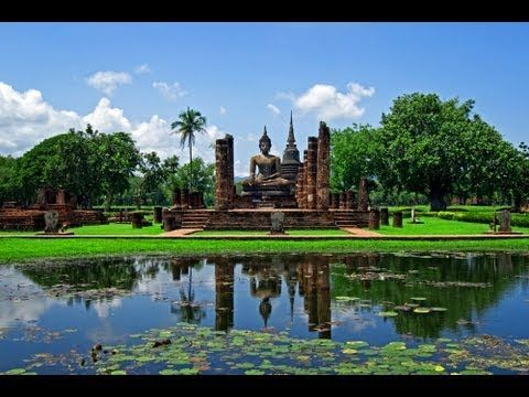 Alt-Sukhothai - auch besser bekannt als der historische Park Sukhothai - ein weitläufiges Gelände, auf welchem sich buddhistische Tempel, hinduistische Schreine und architektonische Meisterleistungen aneinanderreihen. Der historische Park wurde nicht umsonst von der UNESCO zum Weltkulturerbe ernannt!