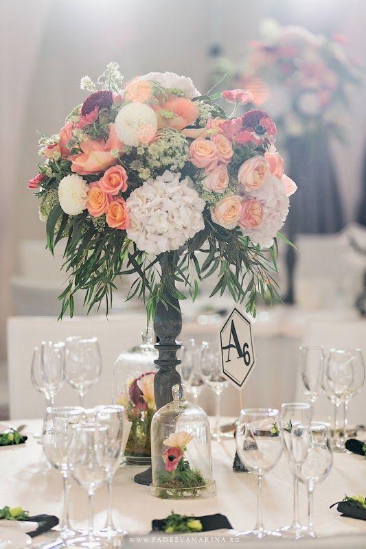 Свадьба Насти и Алексея (официальный фоторелиз) - flowerbazar.ru, высокие композиции на столы гостей