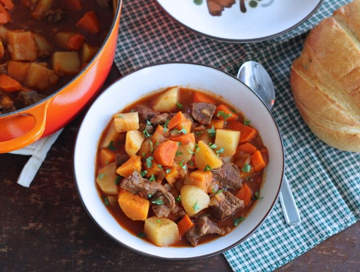 Simple Beef Stew - i floured the meat to thicken the stew and added celery :)