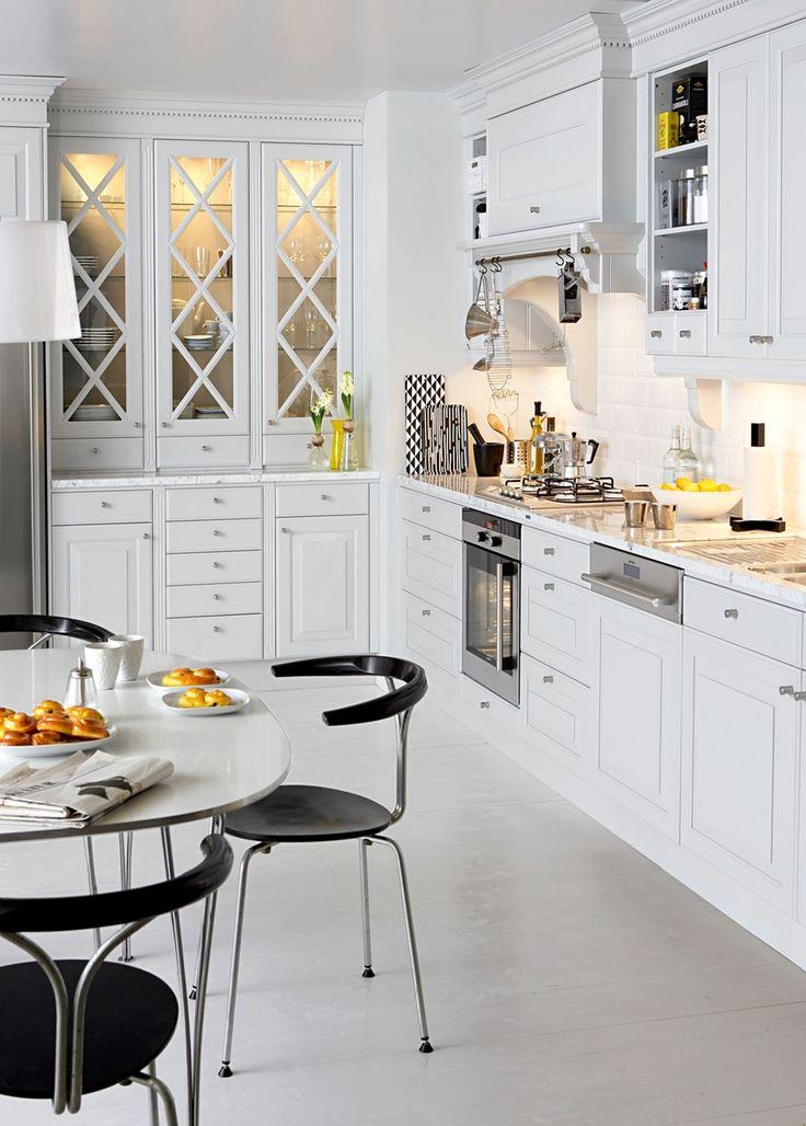Kjøkken i lysegrått – Meny | Drømmekjøkkenet