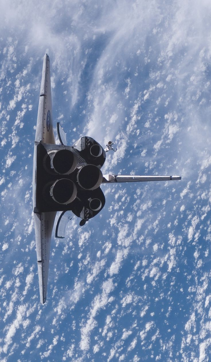"""August 10, 2007 – The Space Shuttle Endeavour performs a """"rendezvous pitch maneuver"""" prior docking with the International Space Station. (NASA).  HUMANOID HISTORY"""