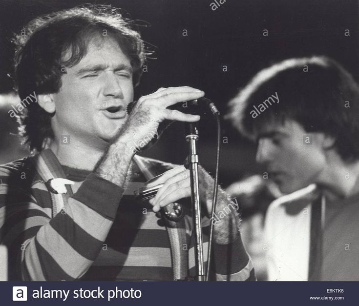 Download this stock image: ROBIN WILLIAMS.Monrk and Mindy. © Bruce Birmelin/Globe Photos/ZUMA Wire/Alamy Live News - E9KTK8 from Alamy's library of millions of high resolution stock photos, illustrations and vectors.