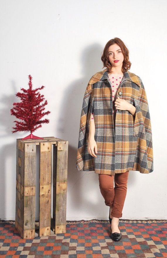 1960s Wool Plaid Cape Coat // sz S/M by UXCVintage on Etsy