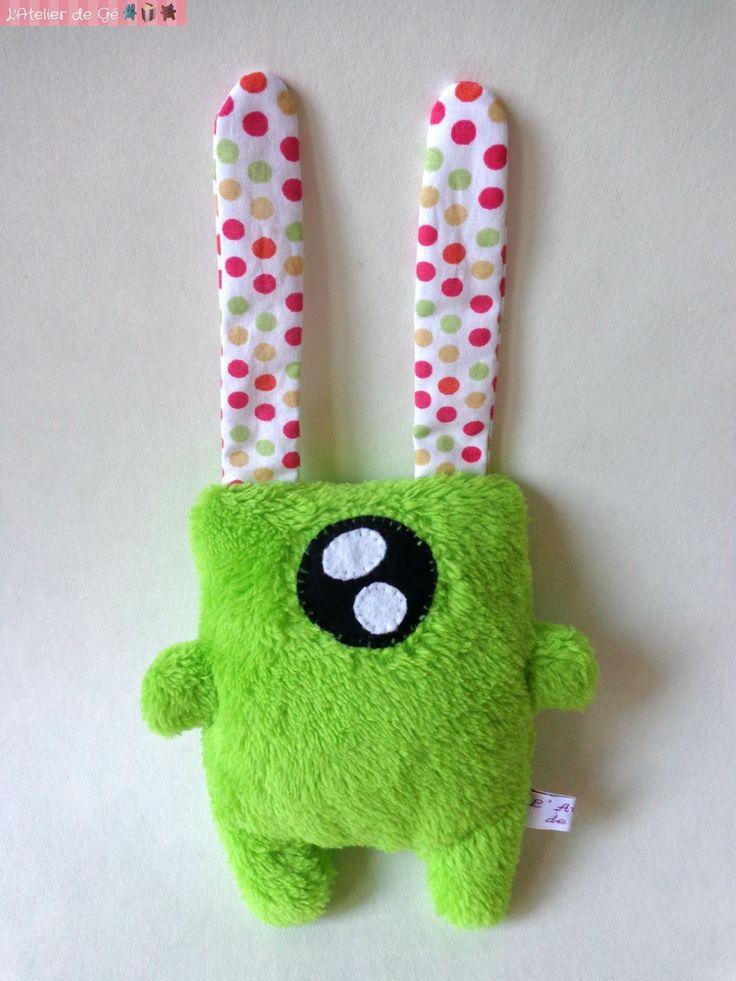 Doudou monstre kawaii extraterrestre vert en peluche : Jeux, jouets par l-atelier-de-ge