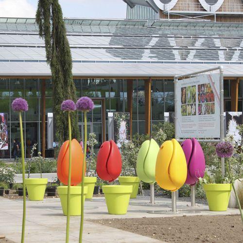 Les 12 meilleures images du tableau s asseoir au jardin for Jardin urbain contemporain