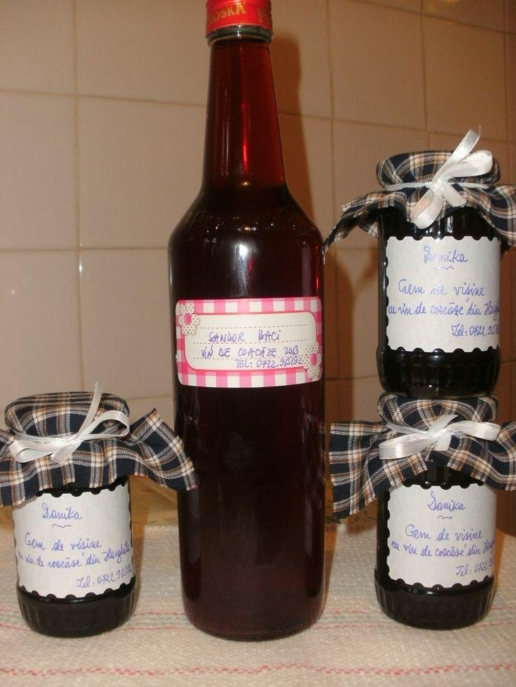 Gem de visine aromat cu putin vin de coacaze din Harghita pentru un gust... imbietor :)