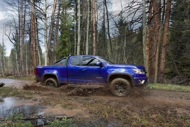 Despite the fact that the mid-size pickup market has stagnated, and overseas markets taunt us with their sophisticated welterweight trucks, I hold out hope that the American mid-size truck market can be jump-started. And boy, trucks like the Chevrolet Colorado Z71 Trail Boss are a sure-fire way to spark