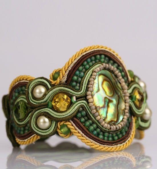 Green soutache bracelet