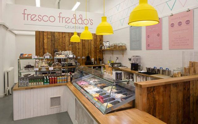 Decofilia blog las mejores helader as en dise o interior - Decoracion navidena para negocios ...