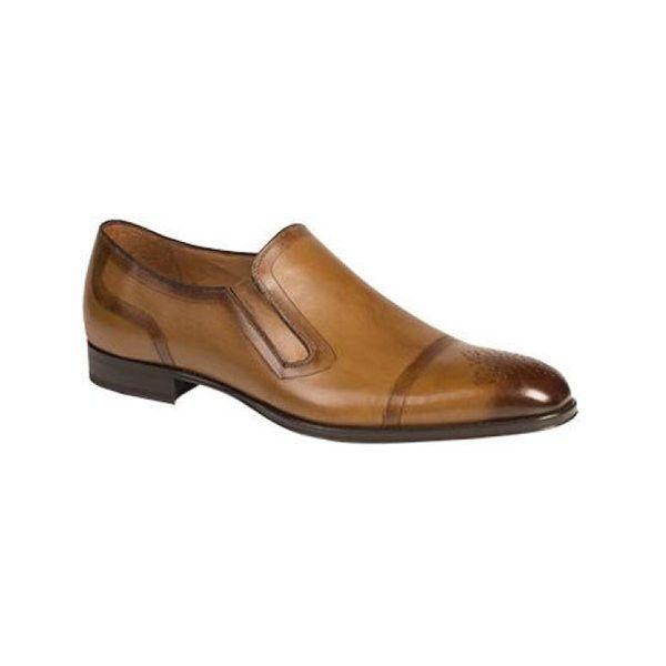 Men's Mezlan Gallego Cap Toe ($220) ❤ liked on Polyvore featuring men's fashion, men's shoes, men's dress shoes, mens shoes, mens slip on dress shoes, mens tan brogues, mens cap toe shoes and mens tan dress shoes
