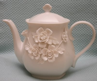Rose teapot - complete perfection