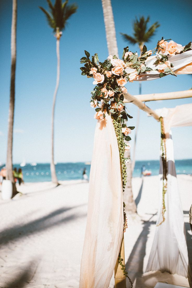 Beach Wedding Inspiration | Caribbean Wedding | Dominican Republic wedding ideas, beach wedding, destination wedding planner | Photography: ShoeBox Photography   www.shoeboxphotography.ca   View more: http://stylemepretty.com/vault/gallery/23753