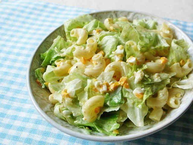レタスと卵のマカロニサラダの画像