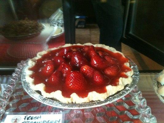 gluten free strawberry pie | Amazing Foods - Desserts | Pinterest