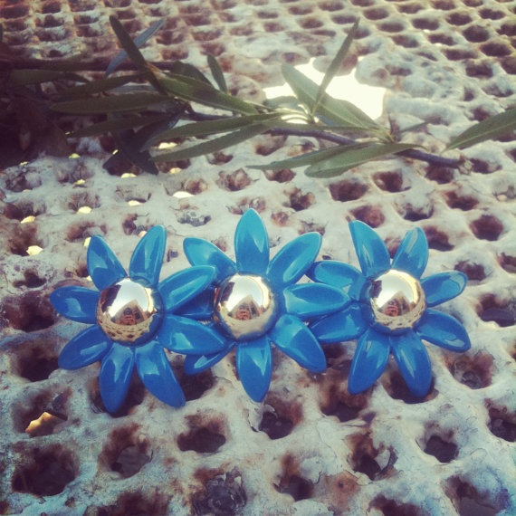 VINTAGE BLUE FLORAL french hairclip1960s by thelostproperty, $7.99