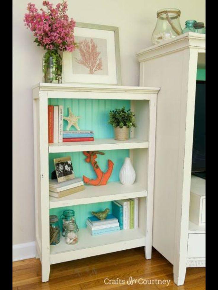 Annie Sloan Bookcase Makeover