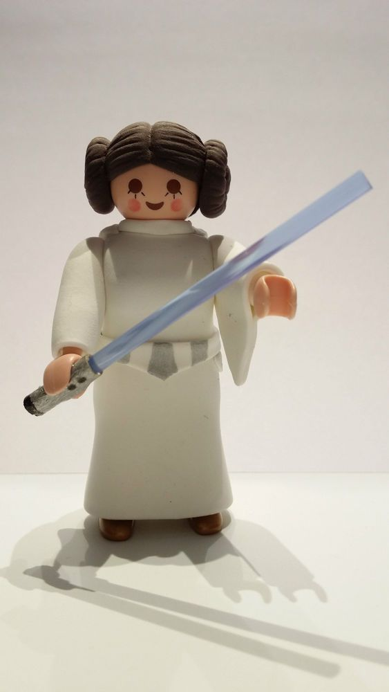 FIGURA CUSTOM Star Wars Princesa Leia - PLAYMOBIL CUSTOM