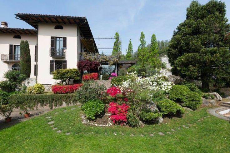 Exclusive villa on Lake Maggiore , Novara, Italy – Luxury Home For Sale