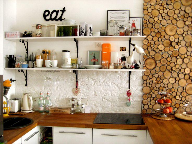 Оформление стены в кухне своими руками