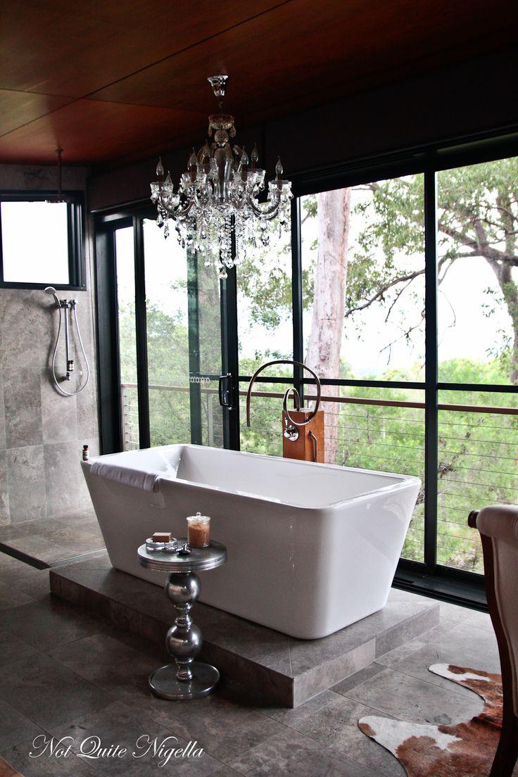 Beautiful bath at Sangoma Retreat