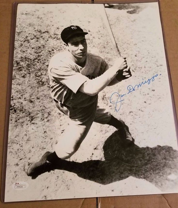 Joe DiMaggio New York Yankees signed  Autographed 11x14 Photo - JSA (Ships Free)