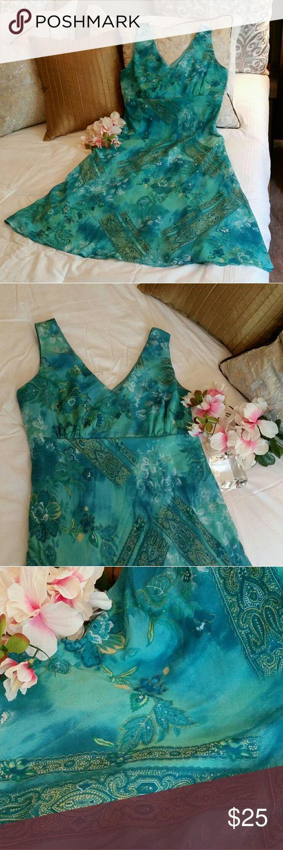 K Studio Floral Dress With Gold Sparkle Details K Studio green and blue floral dress with beautiful gold sparkle details. Like new condition. Size 12. K Studio Dresses