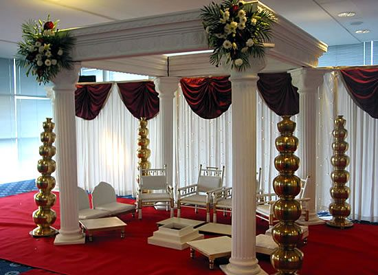 Another square mandap