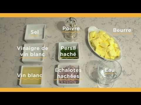 www.lespoissonniersdelmas.fr nos-tutos-et-astuces  Préparez  une sauce pour poisson,  L'astuce des poissonniers :    Si vous n'avez pas de ciboulette dans le frigo, remplacez-la par une purée de persil, de cresson ou d'épinard, des cubes de courgettes ou de tomates ! Laissez libre court à votre imagination !    Et pour une sauce plus épicée, ajoutez une pointe de piment d'Espelette !  http://www.lespoissonniersdelmas.fr/nos-tutos-et-astuces/