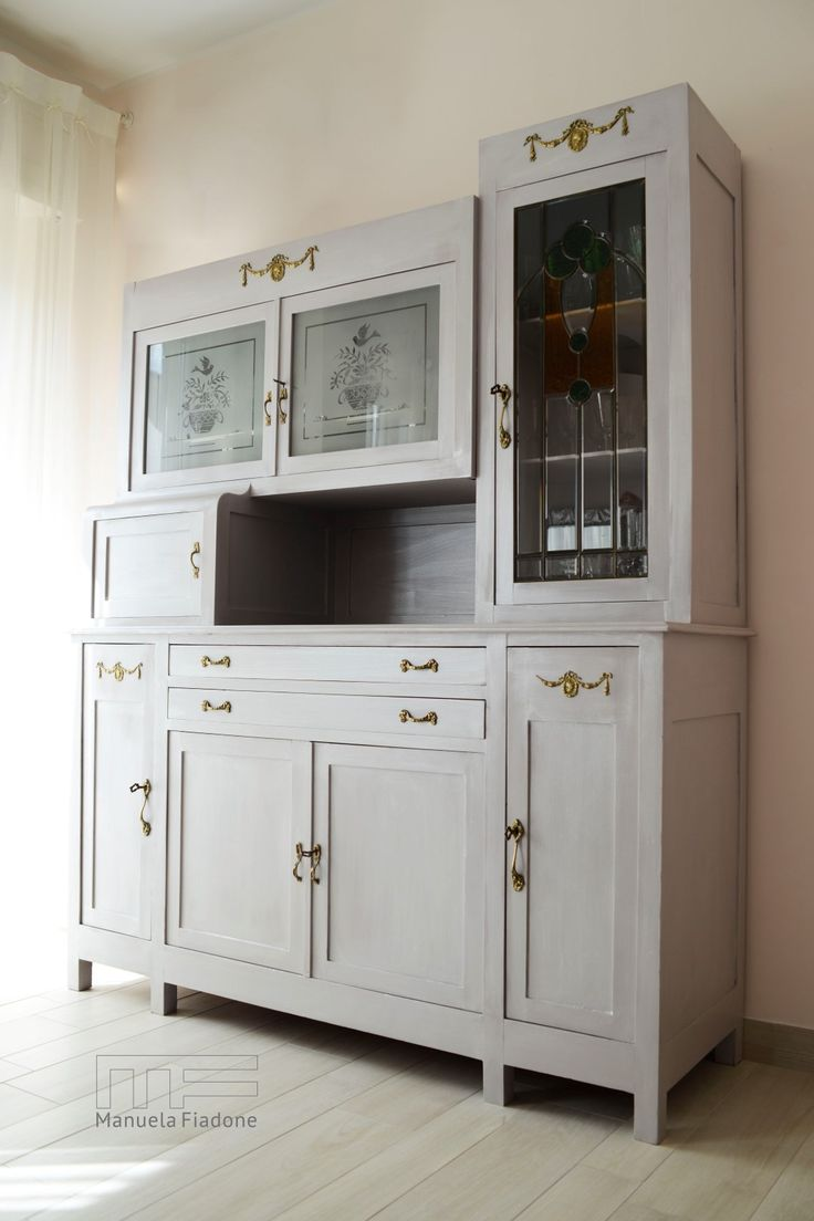 Oltre 25 fantastiche idee su mobili da cucina dipinti su - Credenza cucina ikea ...