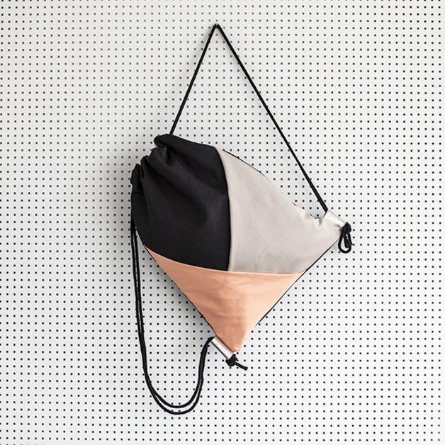 Turnbeutel - Geobag korall / beige / schwarz - ein Designerstück von dtail bei DaWanda