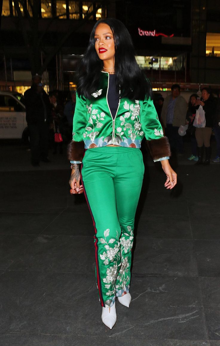 #rihanna #tracksuit #gucci #emeraldgreen #nyc March 2016