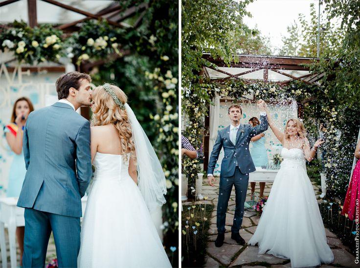 Outdoor wedding decoration photo ideas #grabazei #outdoorwedding #nuntainaerliber #bucuresti #bucharest fotograf nunta bucuresti #chisinau summer   Ceremony confetti