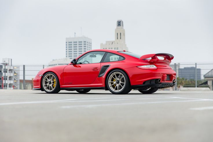 2010-11 Porsche 911 GT2 RS