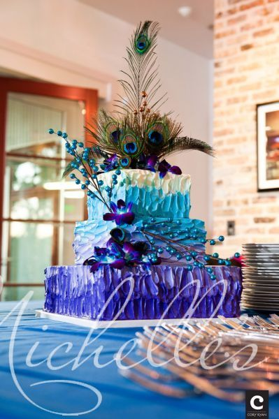 Gorgeous and Vibrant Peacock Cake from Michelle's Pastisserie #peacockcake #partycake #michellespastisserie