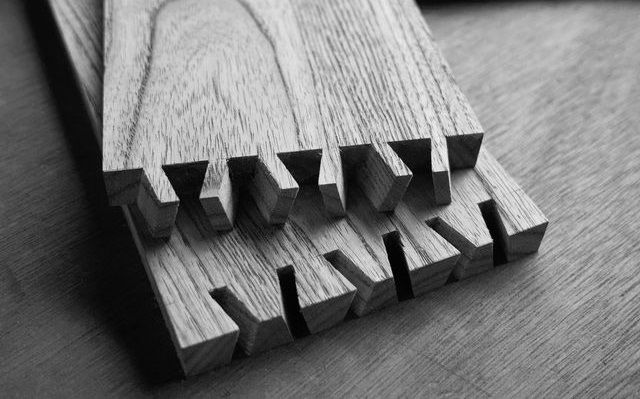 These Mesmerizing GIFs Illustrate the Art of Traditional Japanese Wood Joinery:http://wwideas.com/2016/11/the-art-of-traditional-japanese-wood-joinery/